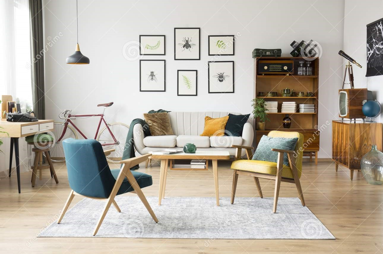 vintage-furniture-flat-stylish-vintage-furniture-spacious-flat-interior-beige-sofa-chairs-posters-wall-112280434 (2)